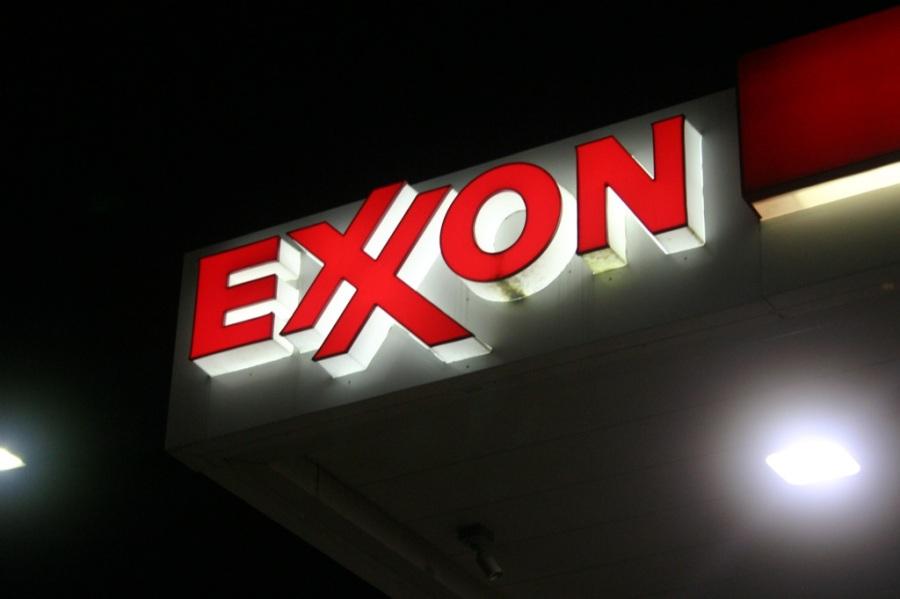 exxon-to-start-15-billion-lng-project-18055_1