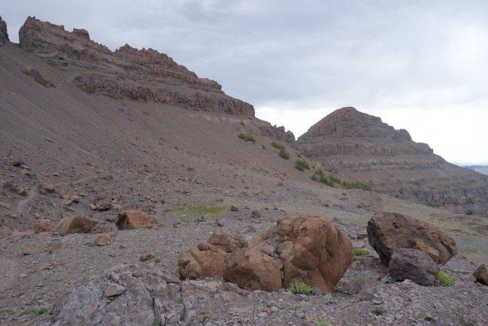 trail along base of butte